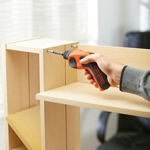 https://marshallandpearson.co.uk/wp-content/uploads/product/348856_B&D Screwdriver in use.jpg